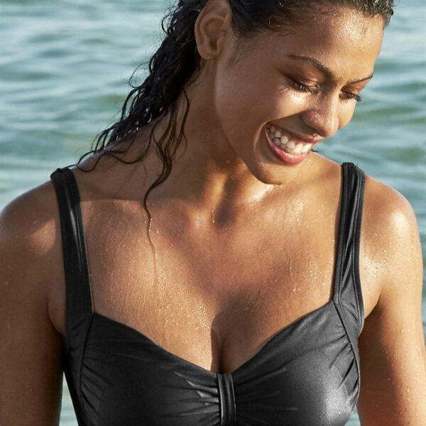 Svart bikini-bh uten bøyle'
