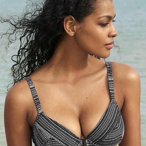 Bikini-bh med bøyle som lukkes foran'