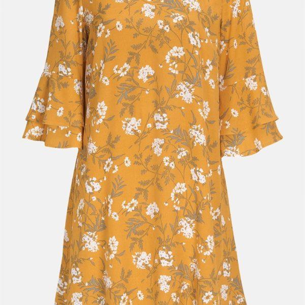 Lag på lag-kjole med volangermer'
